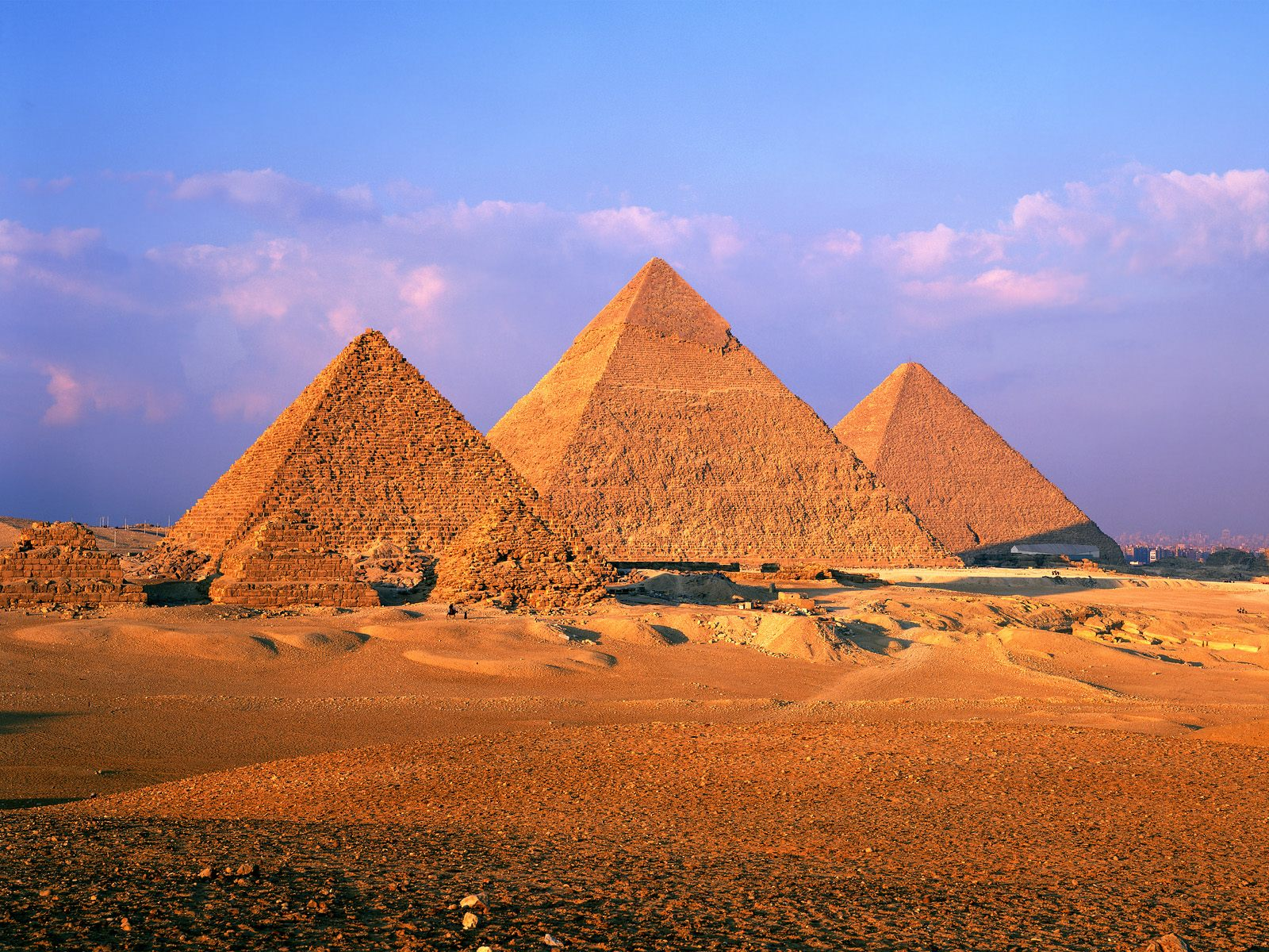 Pyramids of giza 10 interesting facts about the great pyramid of giza