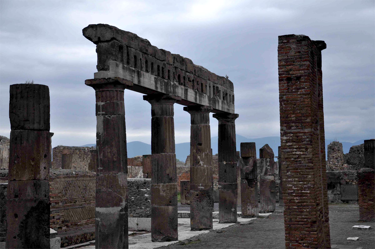 11 Ancient city of Pompeii